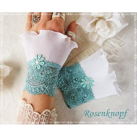 Spitzenstulpen Braut Weiß Lavendel Plissée E