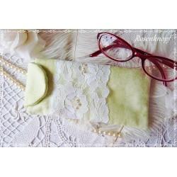 Brillen-Etui Hellgrün Weiß