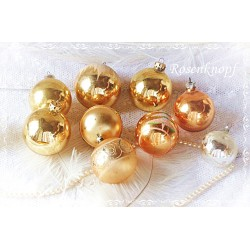 9 Christbaumkugeln Gold