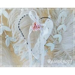 Herz aus Draht Spitze Weiß Ivory Rose Perlen Shabby Vintage