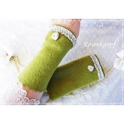 Walkstulpen Armstulpen Grasgrün Beige
