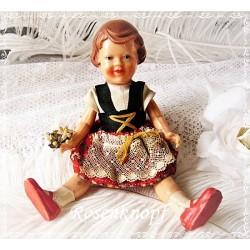 PUPPE Frauenpuppe Mamapuppe Puppenstubenpuppe Spielzeug Original Kleidung 1960ger Jahre Dirndl Shabby Vintage E