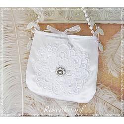 HANDTASCHE oder Brauttasche mit Schmuckelement und Spitzendeckchen