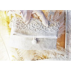 Clutch ROSES on LINEN Brautclutch Ivory Leinen